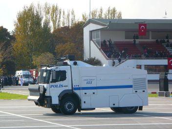 polis-bil-truck