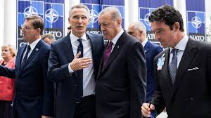 200321Stoltenberg og Erdogan